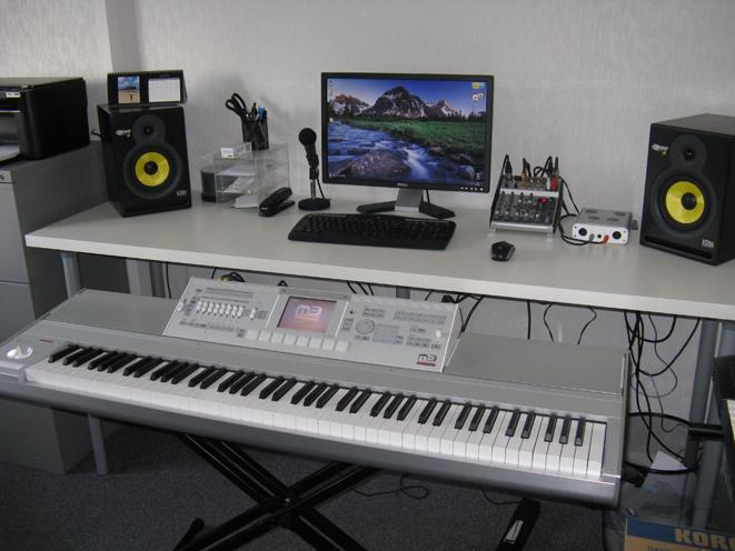 bureau home studio